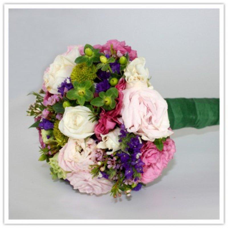 Как сделать свадебный букет из живых цветов своими руками
